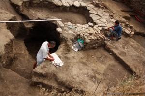 Открыты античные остатки фундамента